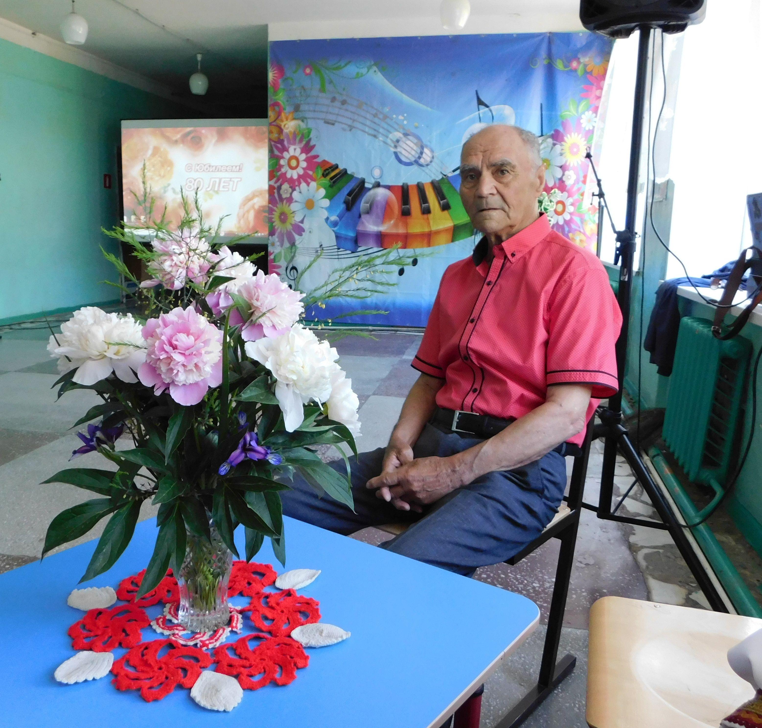 В Камызякском районе прошел юбилейный вечер Николая Иванова