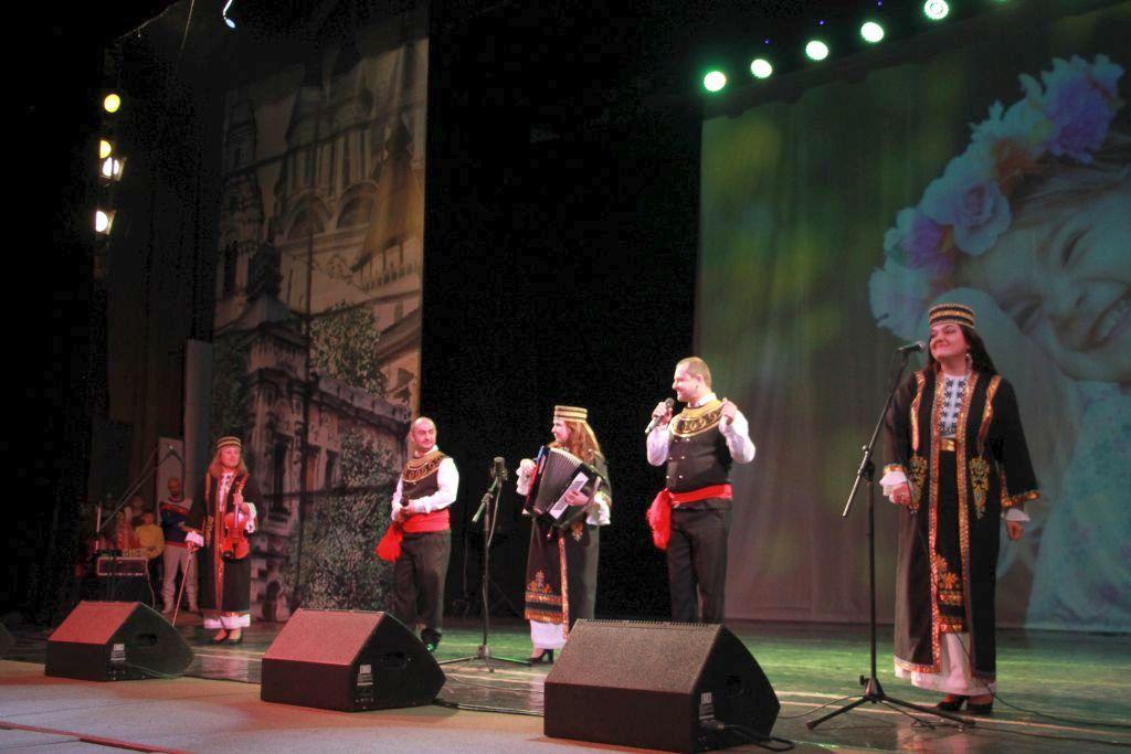День народного единства астраханцы встретили вместе с участниками фестиваля «Астрахань многонациональная»