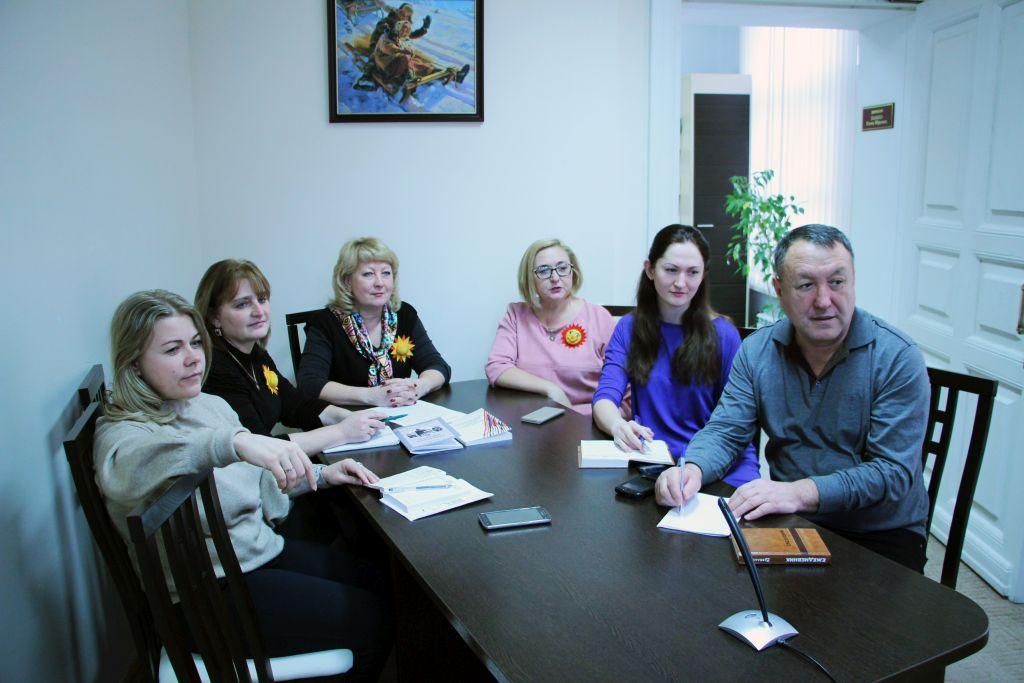 Областной центр народной культуры принял участие в круглом столе «Центр культуры народов России – актуальные вопросы сотрудничества»