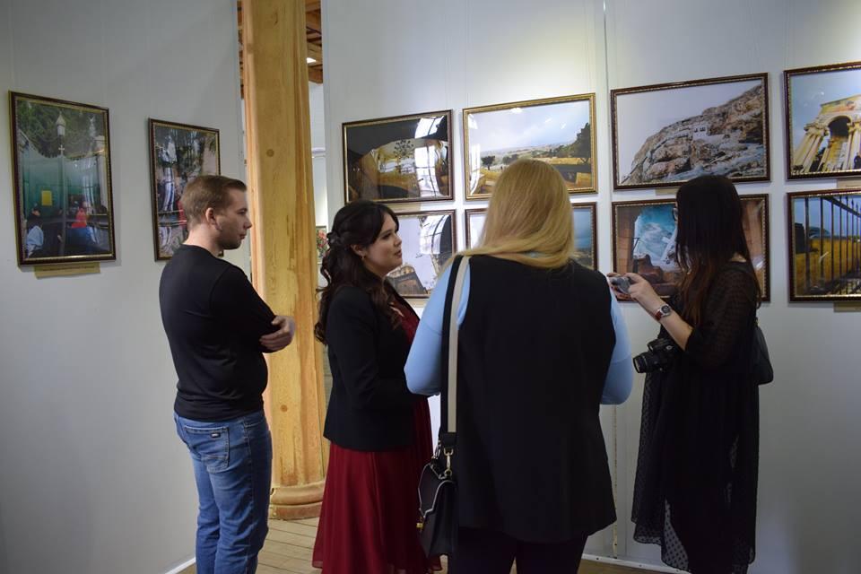 В Астрахани открылась фотовыставка «Святая Земля. Путь к себе…»