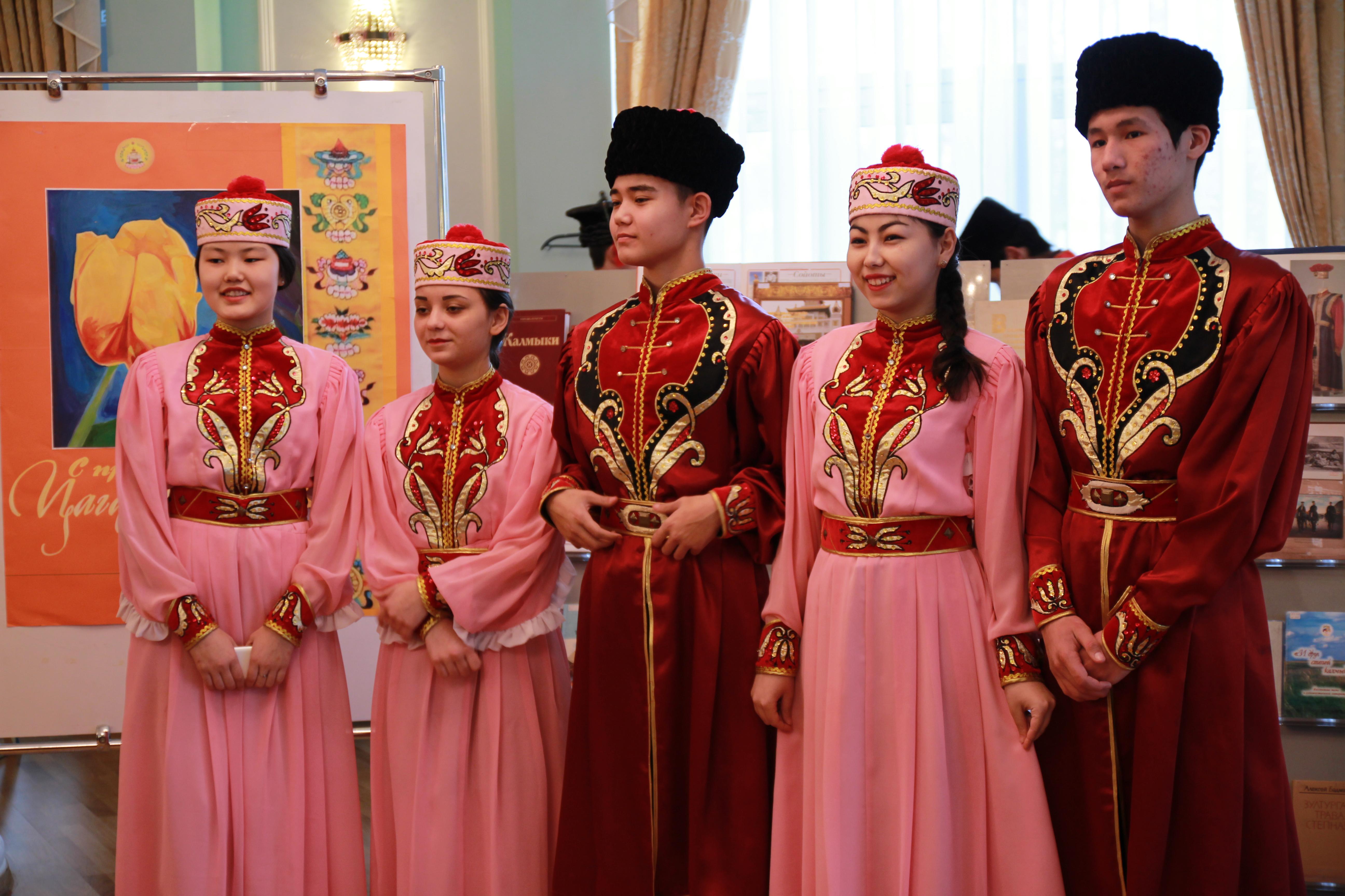 В Астрахани прошел калмыцкий народный праздник «Цаган-Сар»