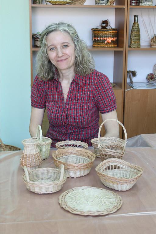 Народный мастер из Кирова проведёт мастер-класс по плетению из лозы для астраханцев