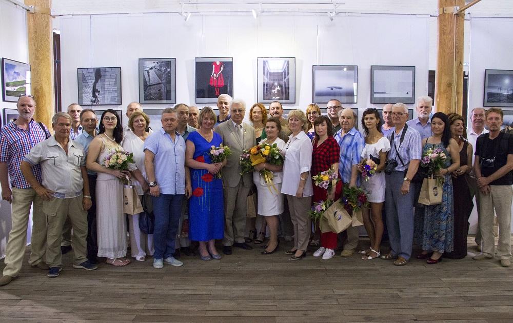 В Астрахани открылась всероссийская фотовыставка  «Россия – отчий дом»