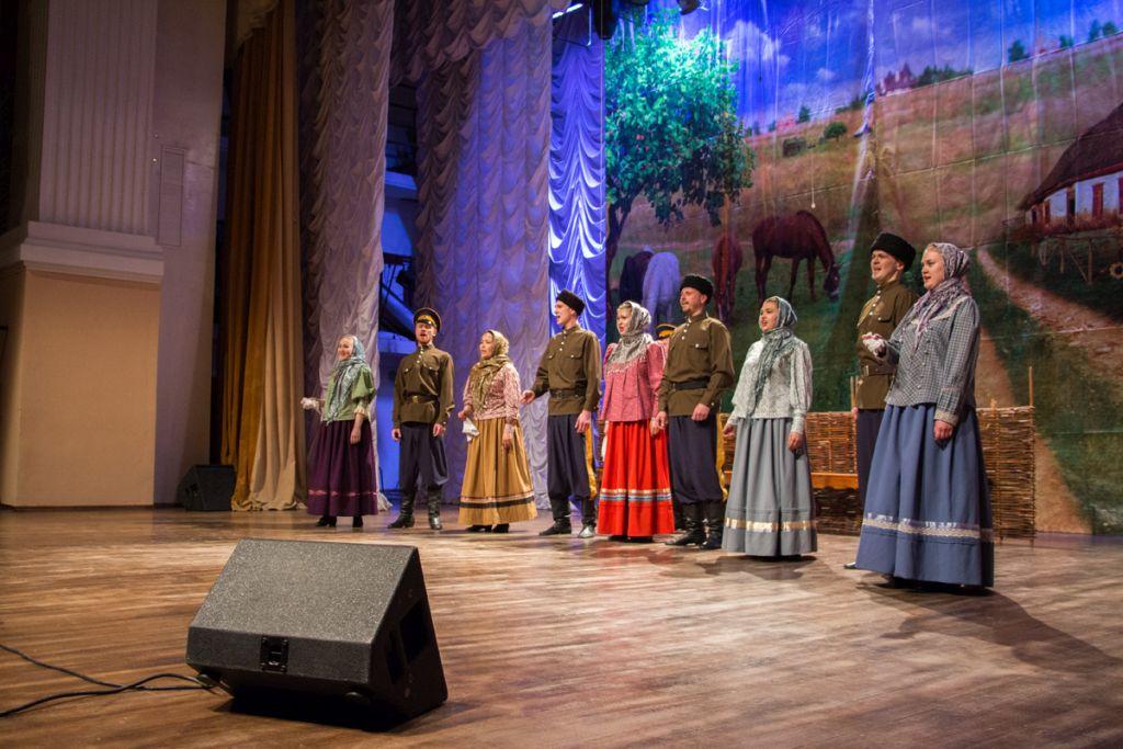 Творческий коллектив Областного центра народной культуры выступил на открытии Домов культуры в Харабалинском районе