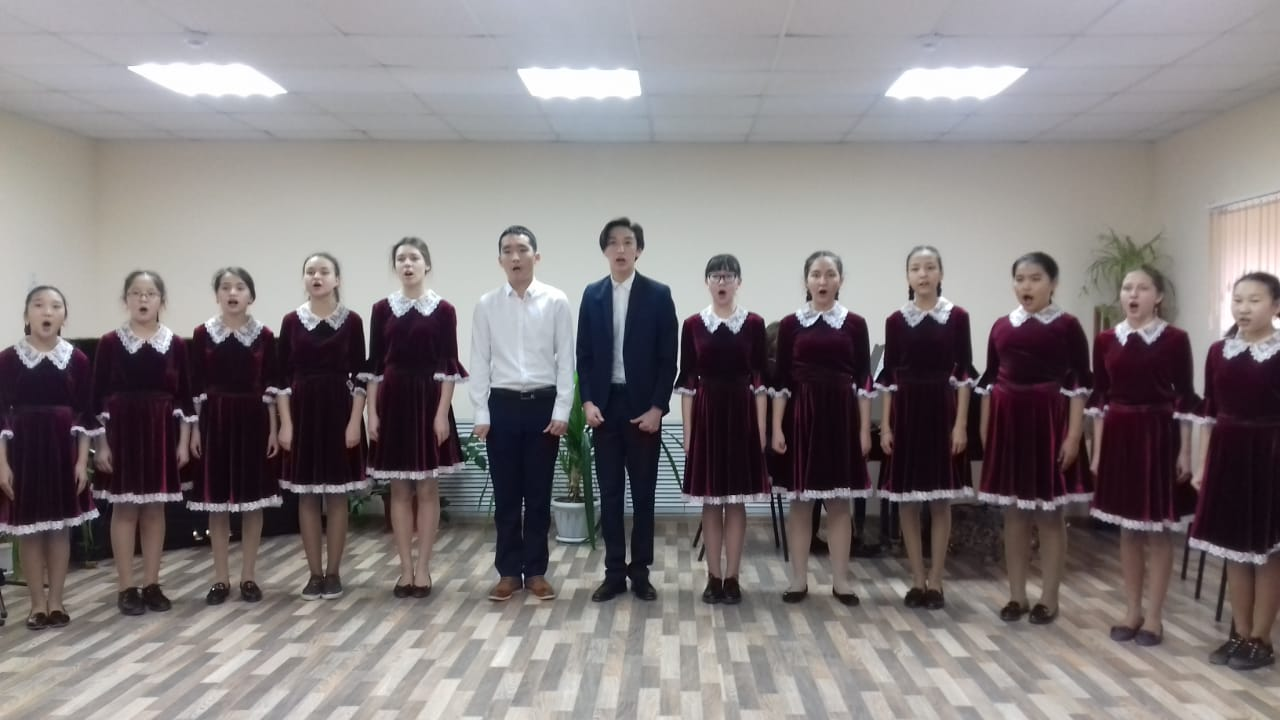 В Астраханской области проходят отборочные туры вокального конкурса «Мы этой памяти верны»