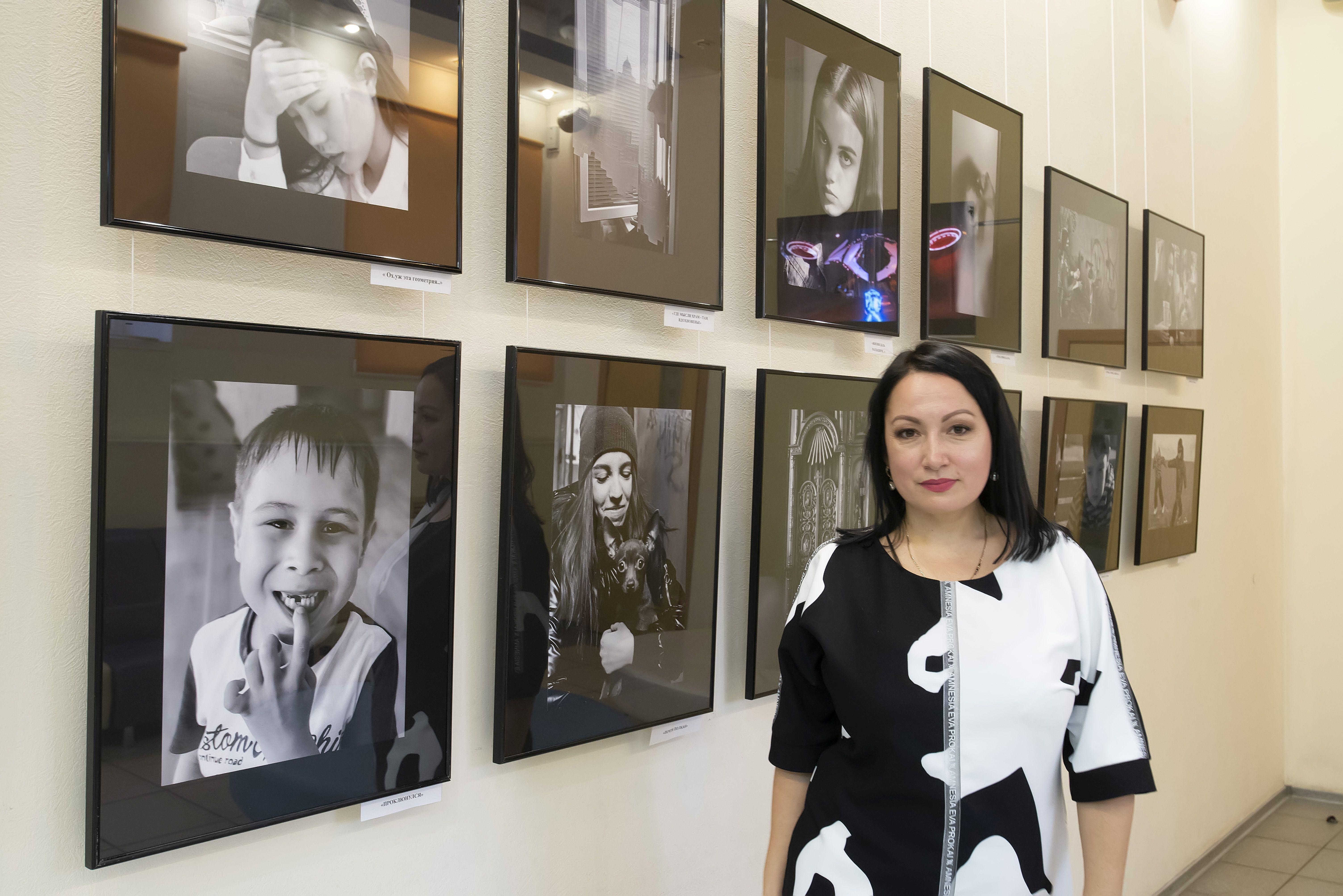 В Астрахани открылась фотовыставка Елены Кустовой