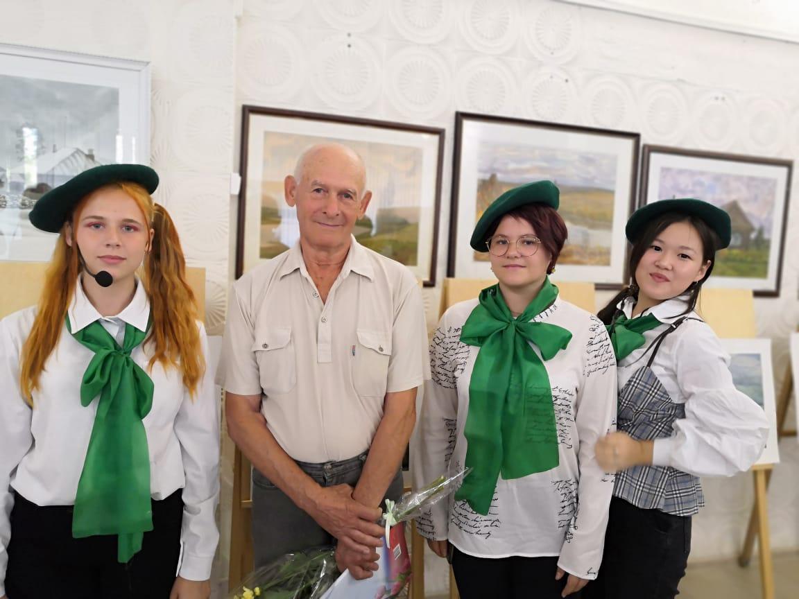 Персональная выставка астраханского художника в Ахтубинске