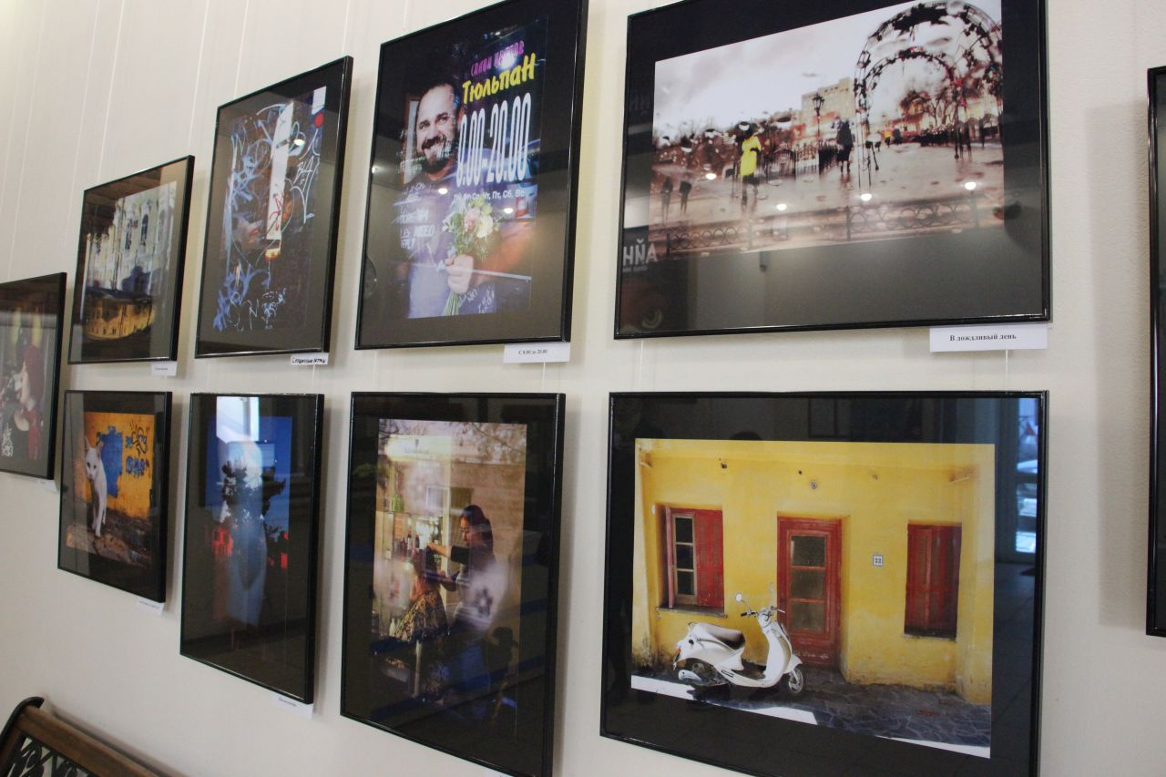 В Астрахани открылась фотовыставка Дианы Арье