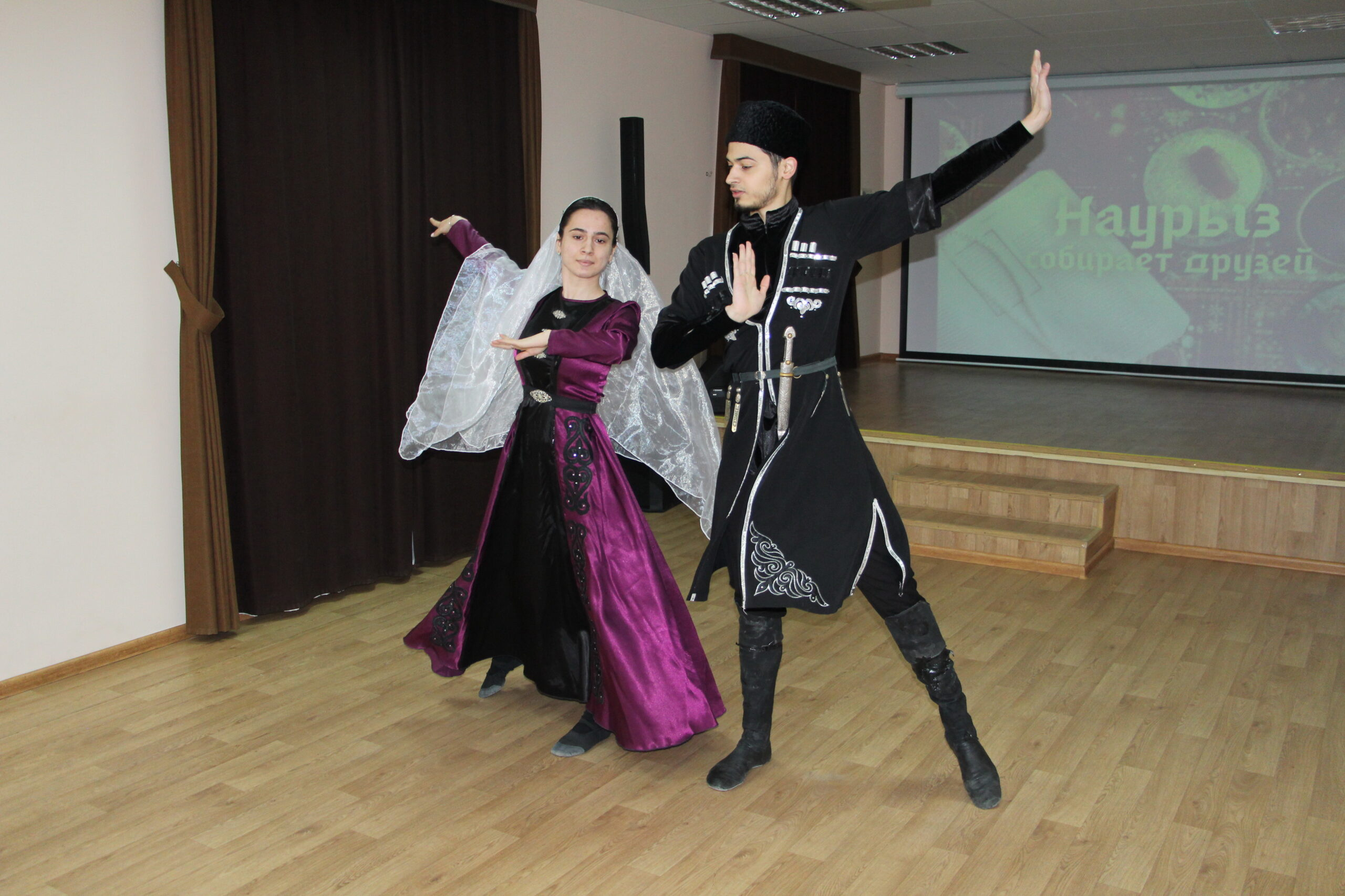 Молодежный этноклуб провел концерт, посвящённый празднику Навруз