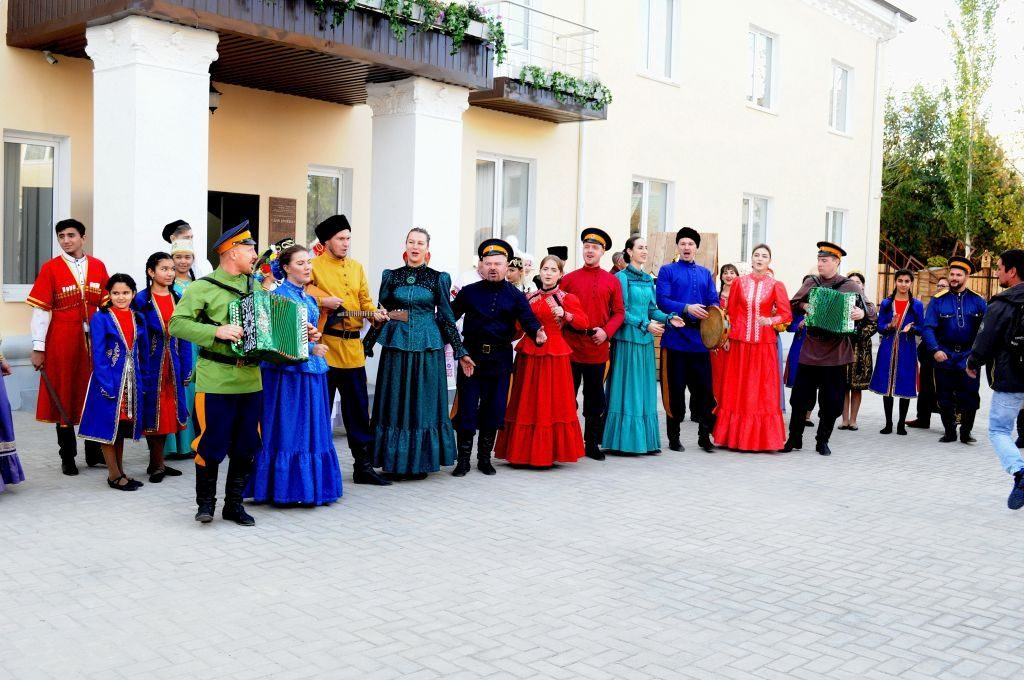 <strong>Дом дружбы приглашает на «День русских традиций»</strong>