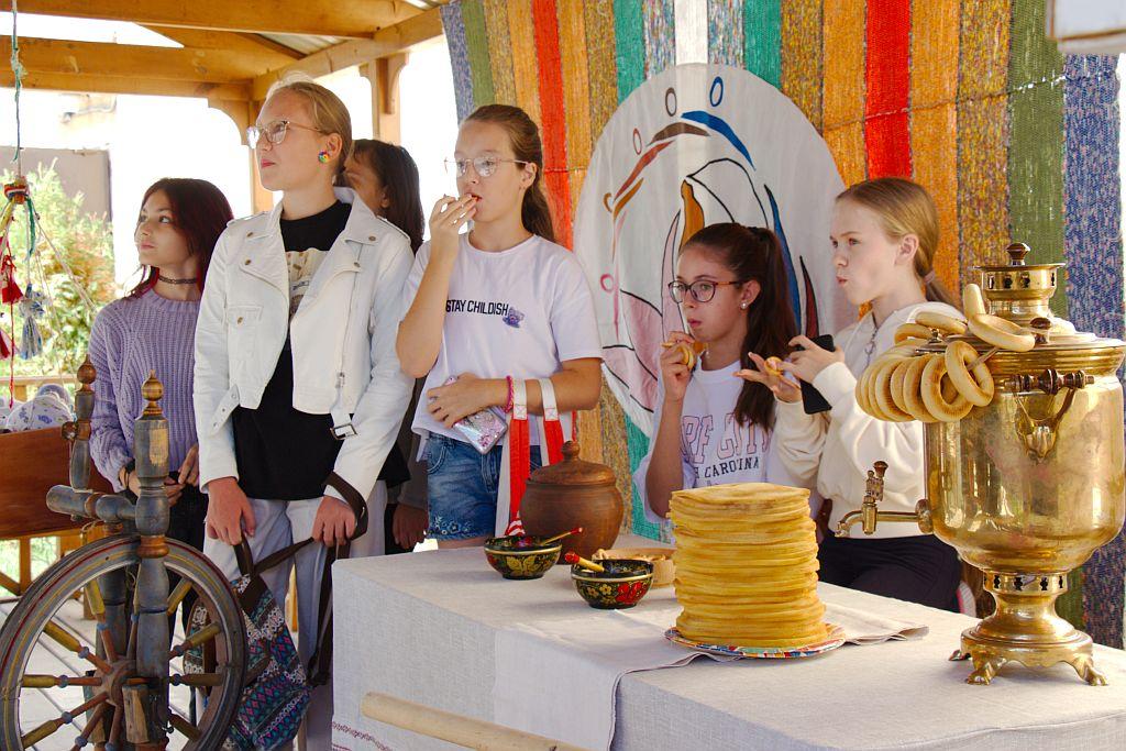 В этнодворике Дома дружбы прошел «День русских традиций»