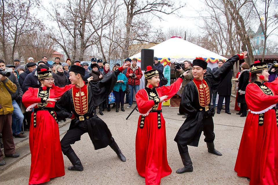 В Астрахани отметили калмыцкий народный праздник Цаган-Сар