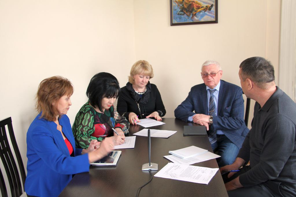 Астраханский областной научно-методический центр народной культуры принял участие в вэб-семинаре для руководителей и специалистов Д(Ц)НТ Южного федерального округа