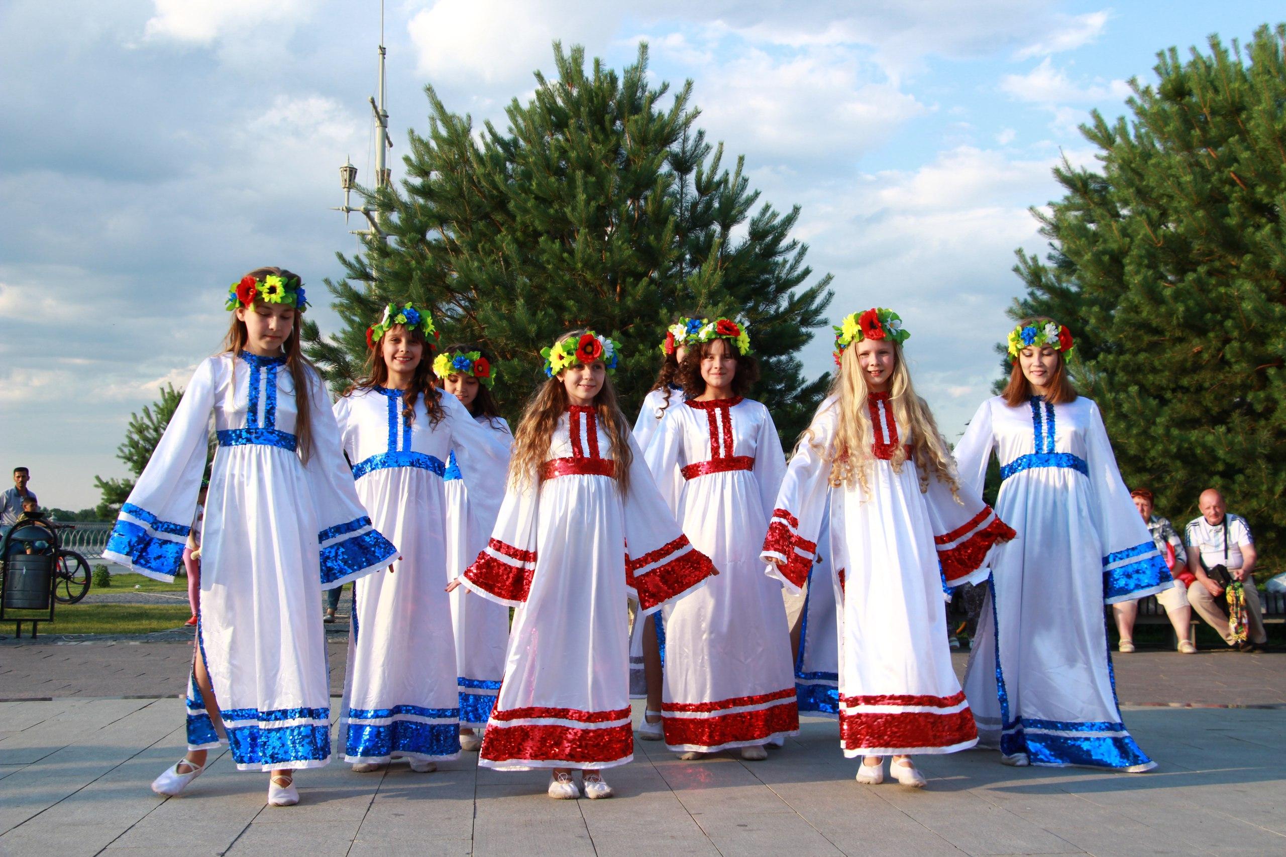 Астраханцев и гостей города приглашают на Русские вечeрки