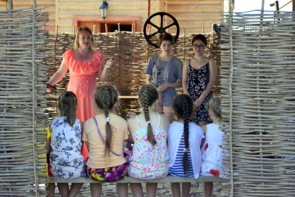 «Ремесленное подворье» проводит этнокультурные смены для детей
