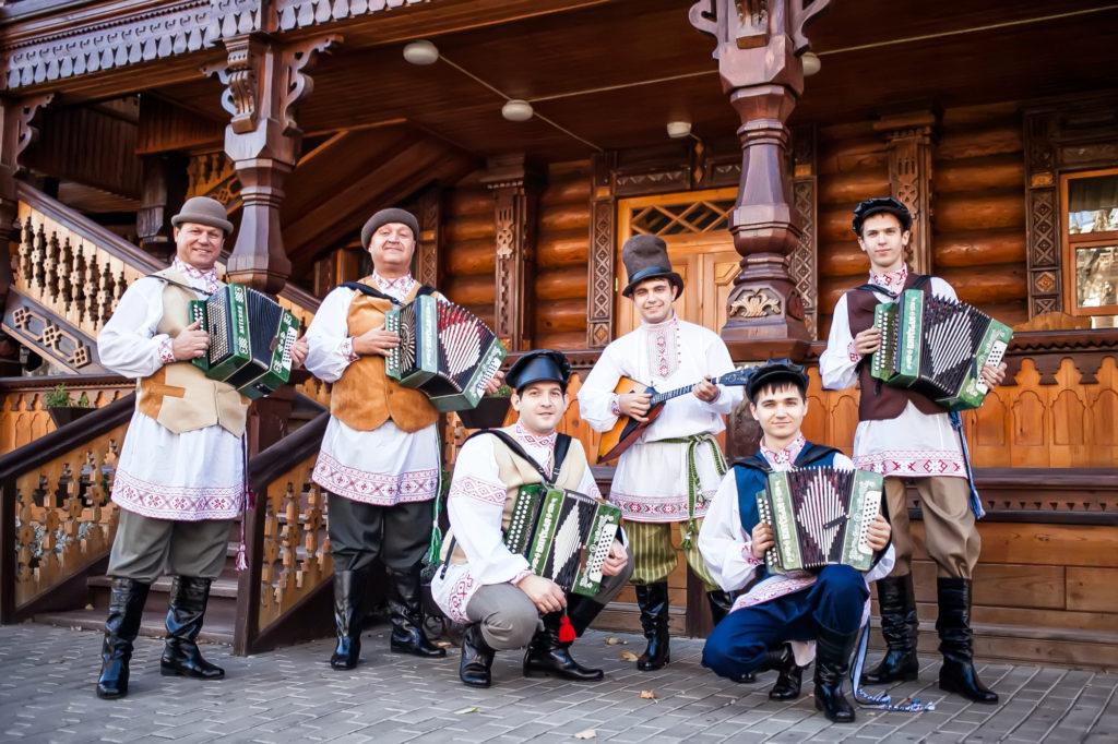 Ансамбль «Русский строй» стал участником заключительных мероприятий фестиваля «Вместе мы – Россия»