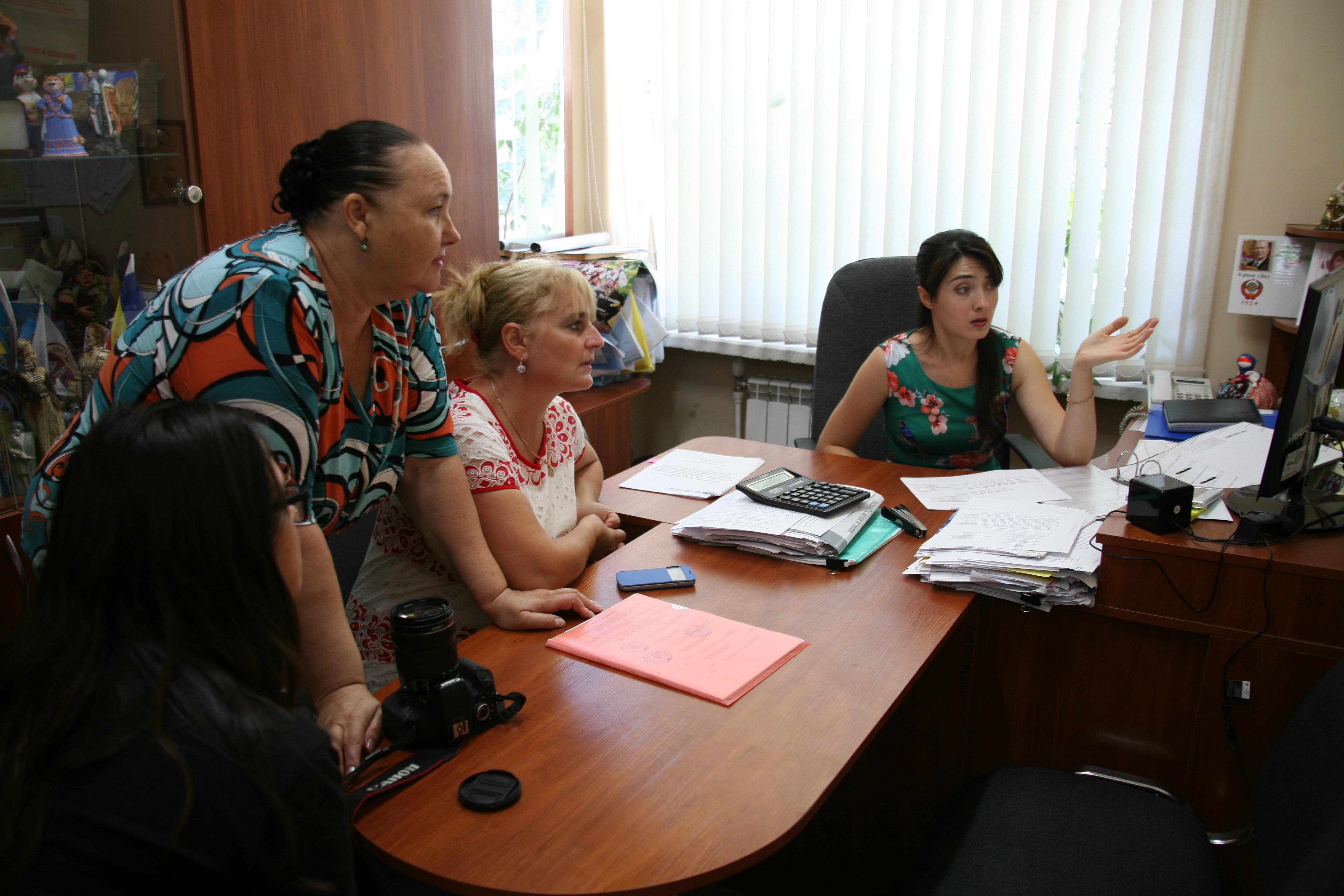 С творческим визитом сотрудники Астраханского областного научно-методического центра народной культуры посетили Ростовский областной Дом народного творчества