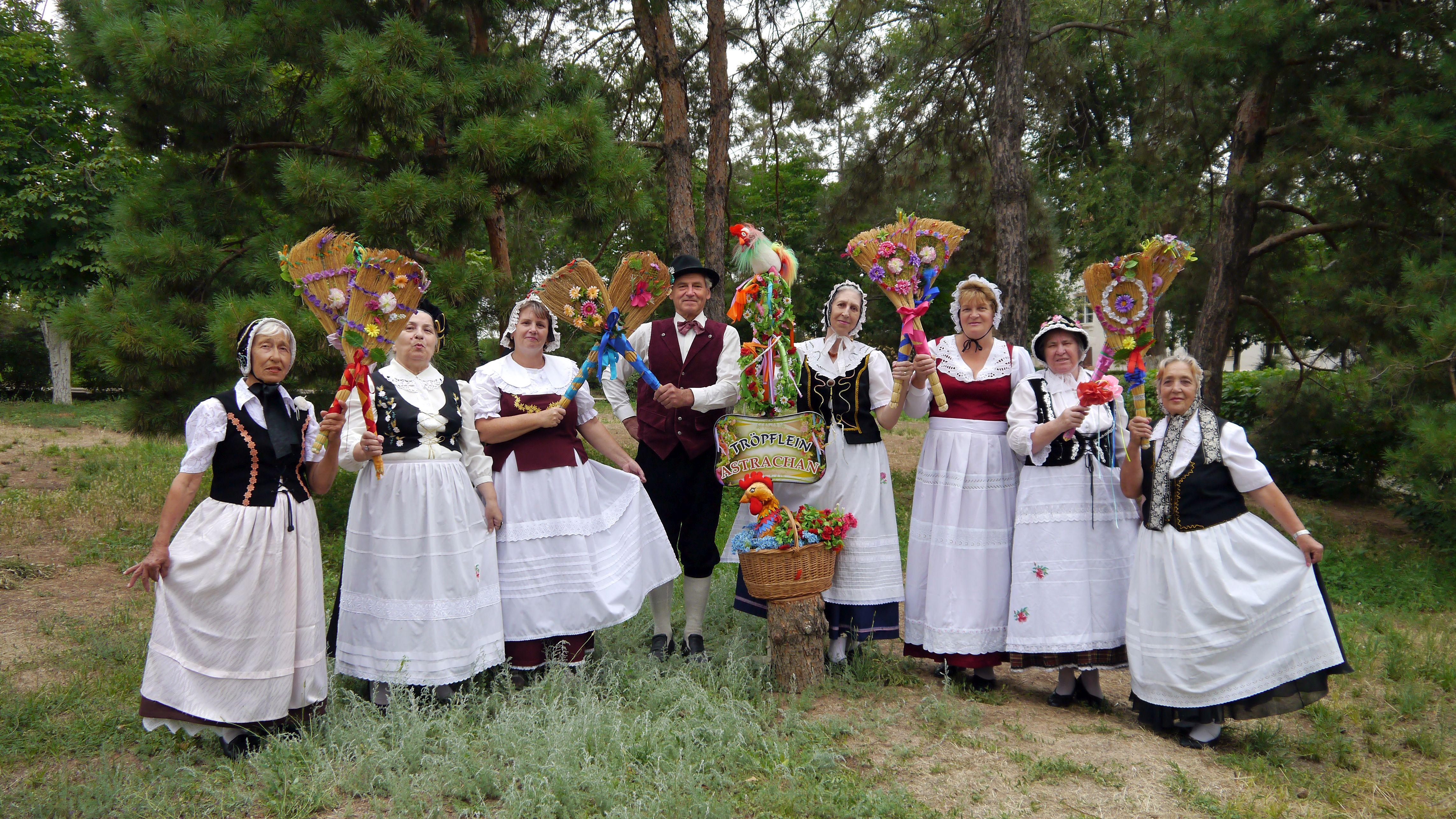 В Астрахани состоится юбилейный концерт ансамбля «Капелька» «Troepflein»