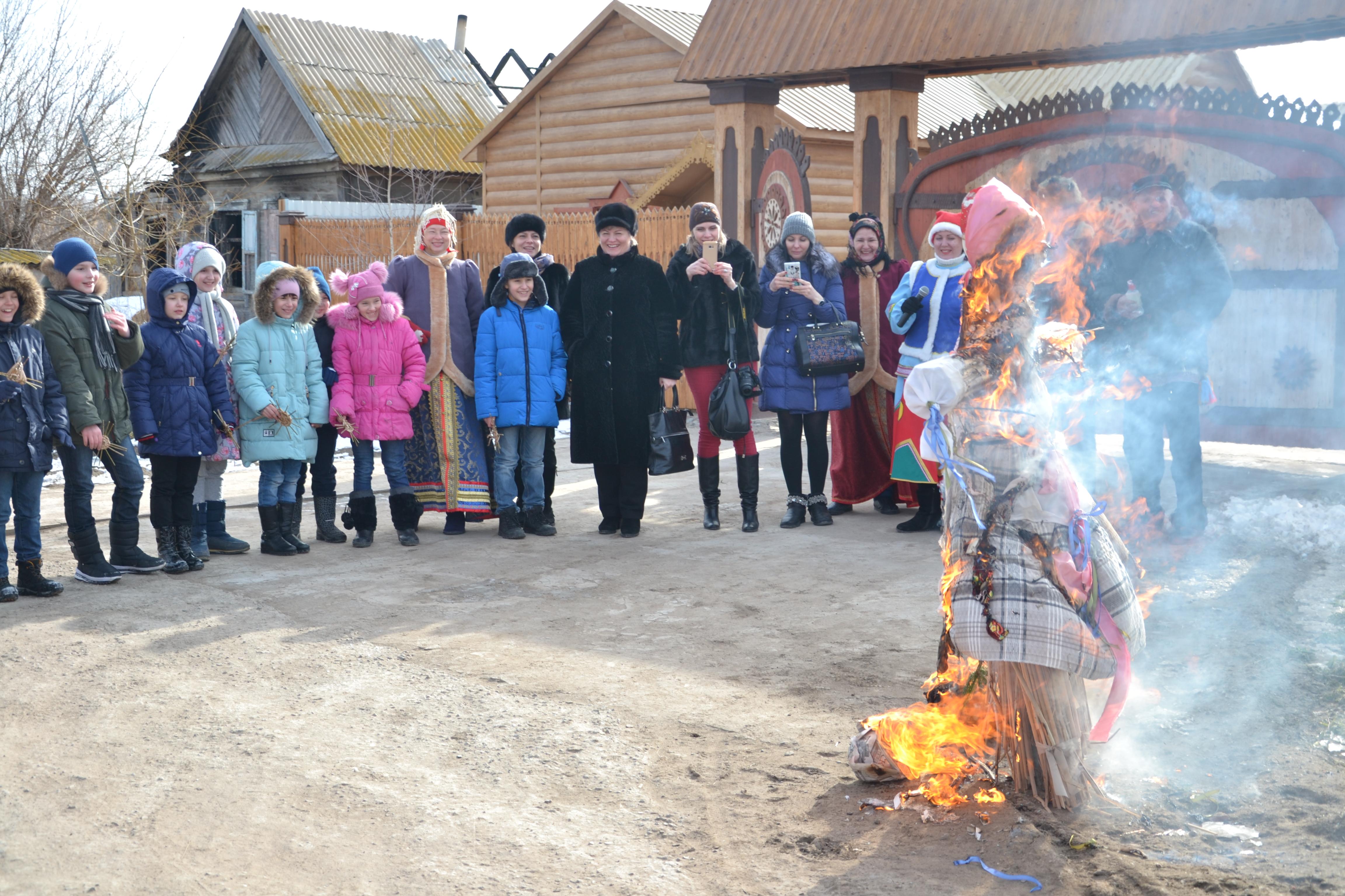 В Приволжском районе началась Масленичная неделя