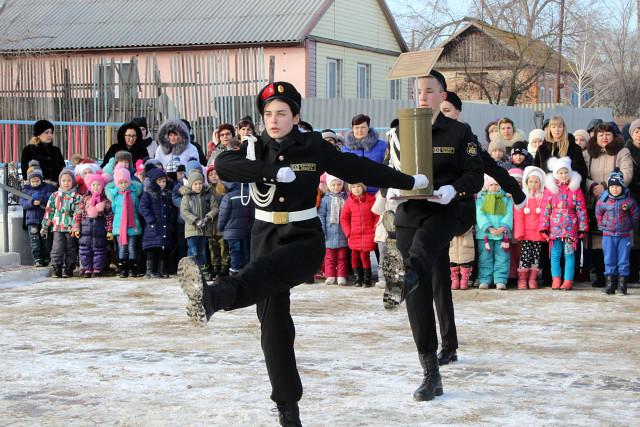 Жители села Икряное отметили 75 лет победы в Сталинградской битве