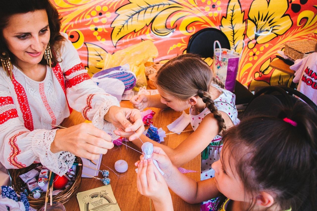 В Астрахани пройдут мастер-классы и мастер-шоу по декоративно-прикладному творчеству