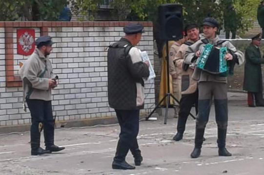 Творческие коллективы областного центра народной культуры выступили перед призывниками