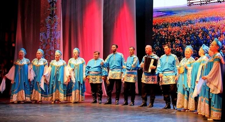 Астраханцы приняли участие в межрегиональном фестивале «Народов Дона дружная семья»
