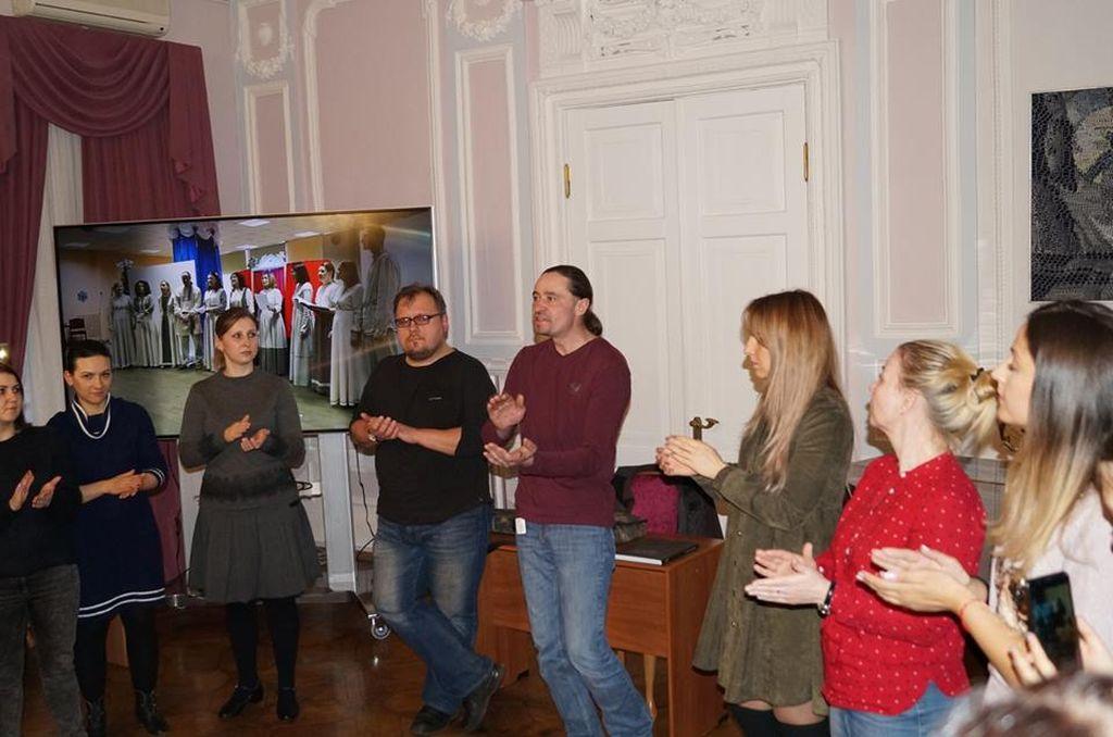 Сотрудник Астраханского центра народной культуры   принял участие в работе творческой мастерской в Москве