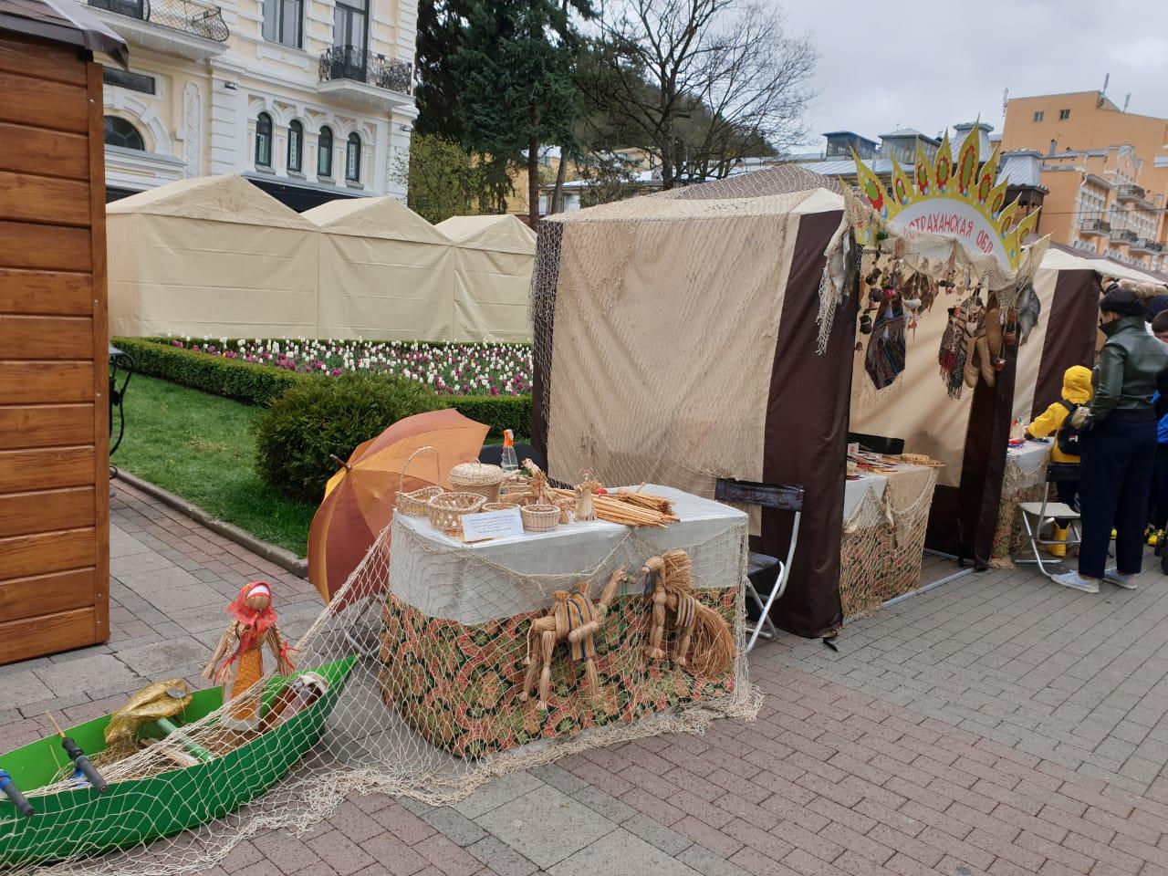 Астраханские мастера на фестивале «Ладья» в Кисловодске
