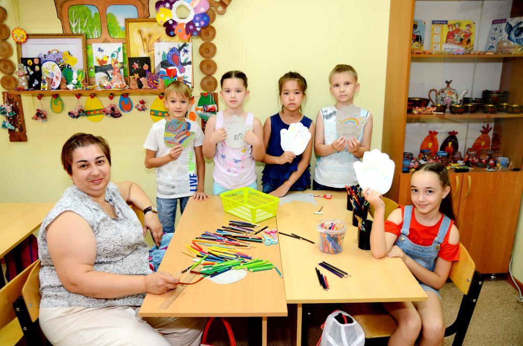 В Доме ремесел стартовал проект «Летняя школа маленьких мастеров»