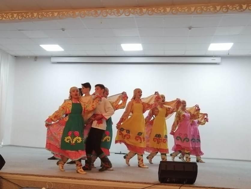 Творческая встреча двух детских ансамблей в Наримановском районе