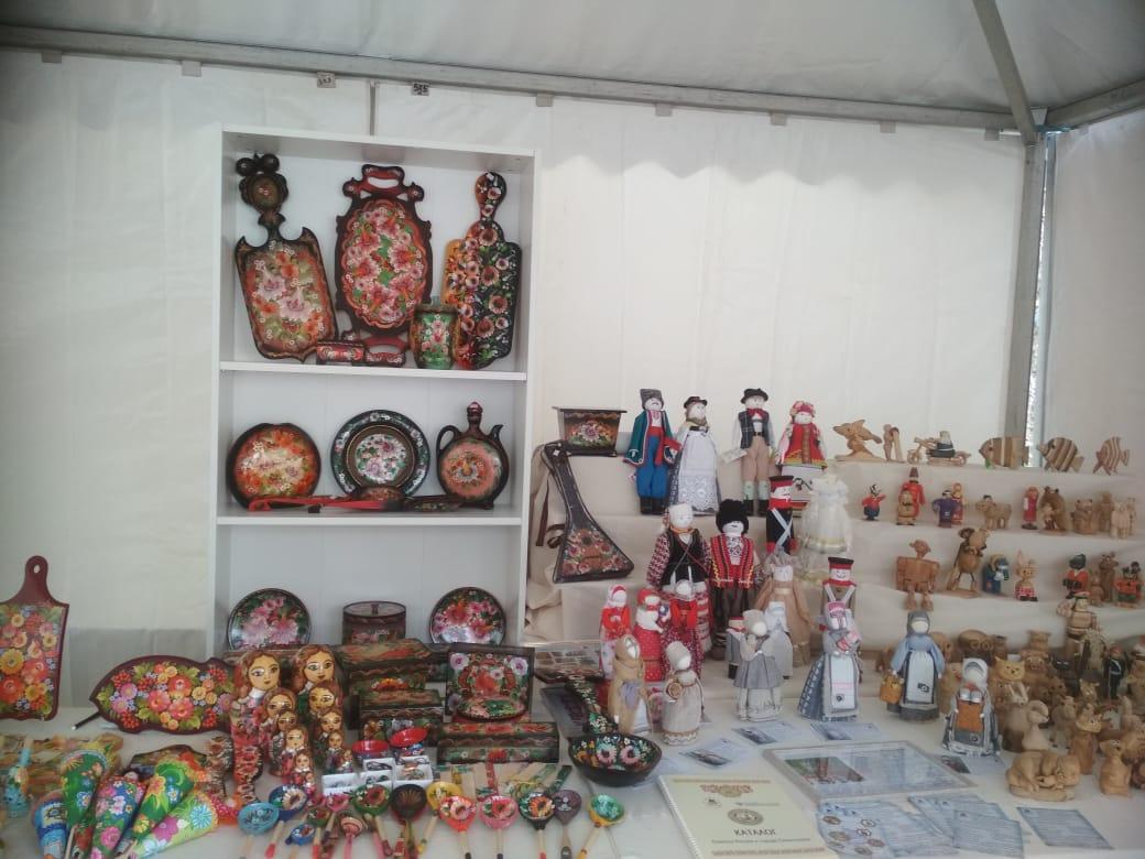 Народные промыслы Астраханской области представили на ярмарке народных промыслов России в Ростове-на-Дону