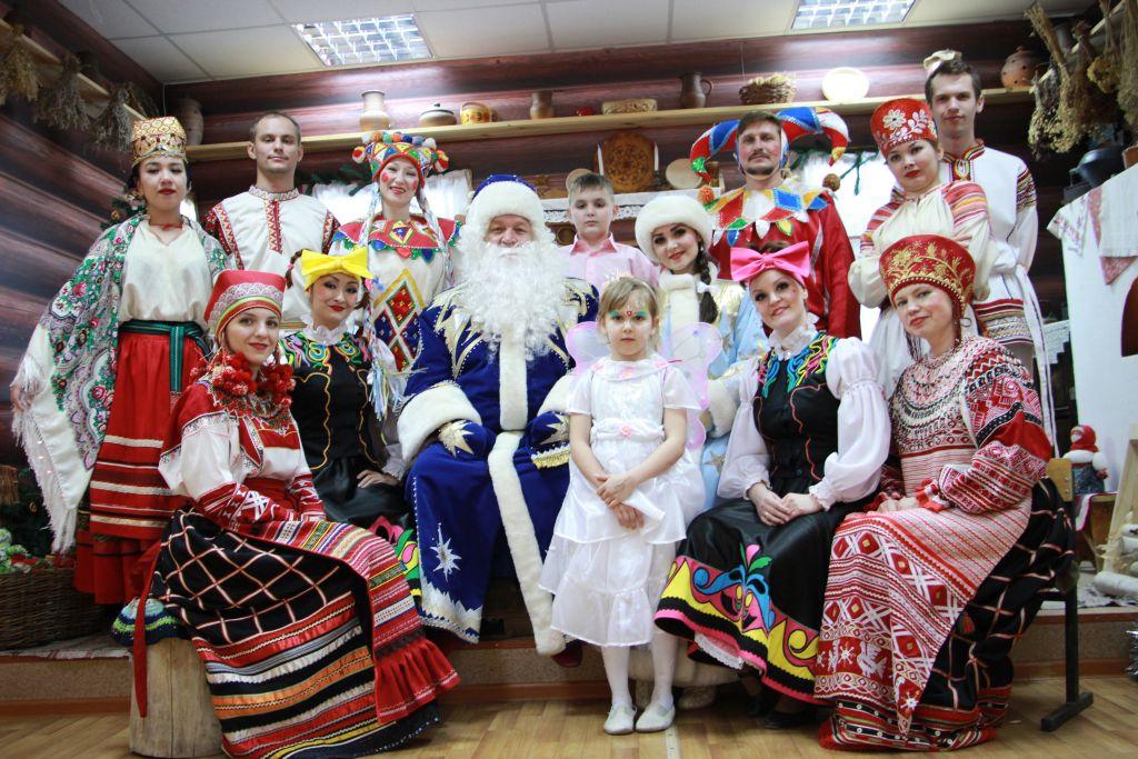 Астраханцев приглашаем на интерактивную программу «Веселый хоровод»