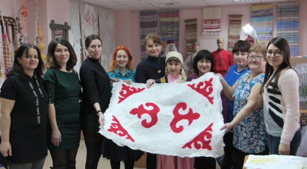 Объявлен дополнительный набор в Школу национальных культур народов Астраханской области