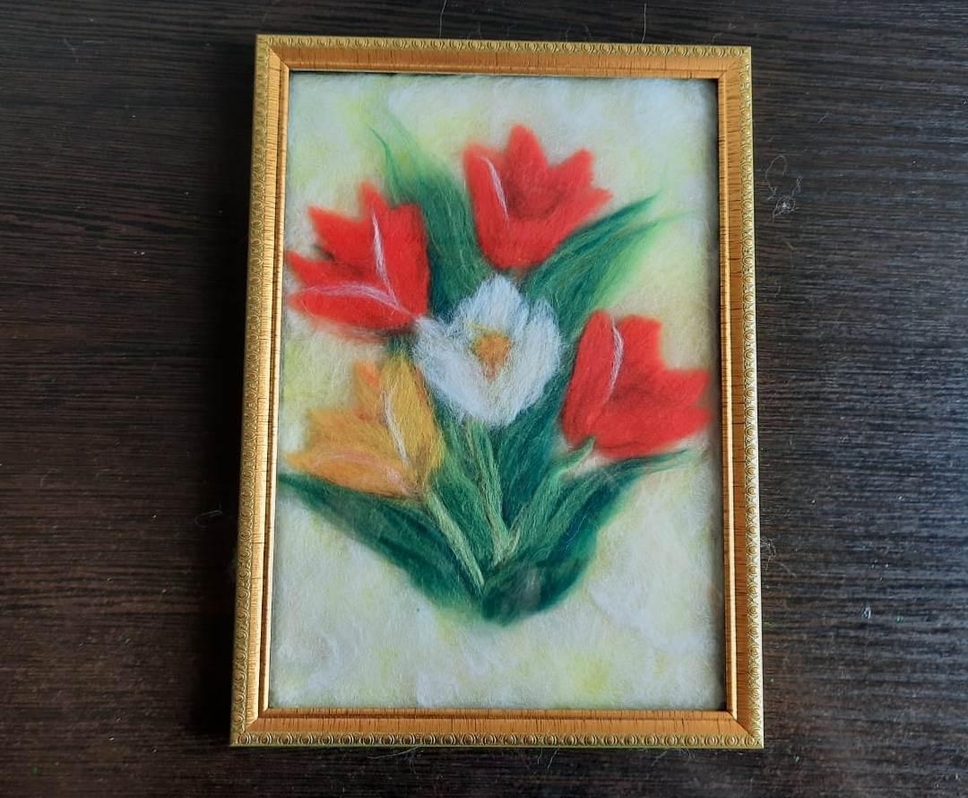 Видеозапись мастер-класса «Тюльпаны из шерсти»