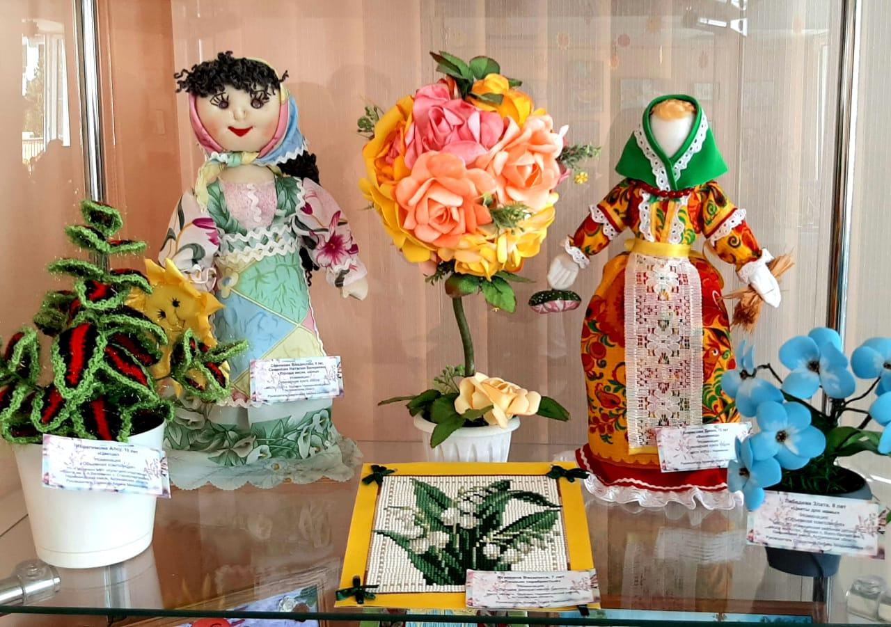 Виртуальная выставка «Фантазии весны»