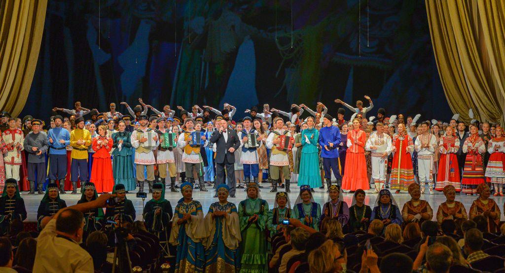 В Астрахани состоялся Всероссийский фестиваль «Нас на века объединила Волга»