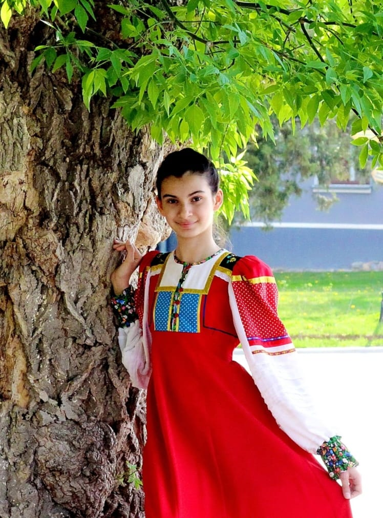 Солистка ансамбля «Родничок» стала лауреатом Всероссийского интернет-конкурса исполнителей народной песни