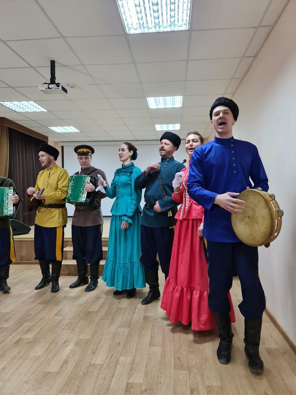 В Доме дружбы прошёл концерт в честь воссоединения Крыма с Россией