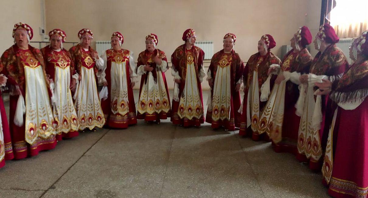 Специалисты Центра народной культуры оказали методическую помощь творческим коллективам Дома культуры г. Харабали